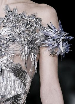 Beautiful Fashion Details…Valentin Yudashkin