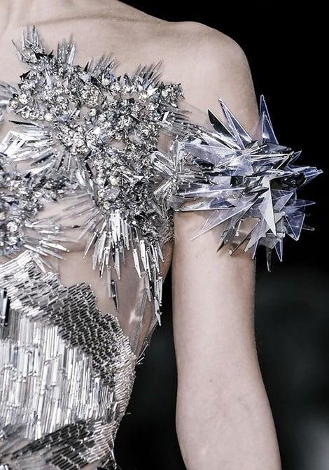 Beautiful Fashion Details…Valentin Yudashkin