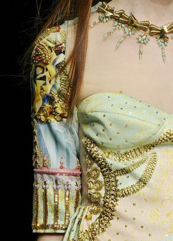 Beautiful Fashion Details…Manish Arora