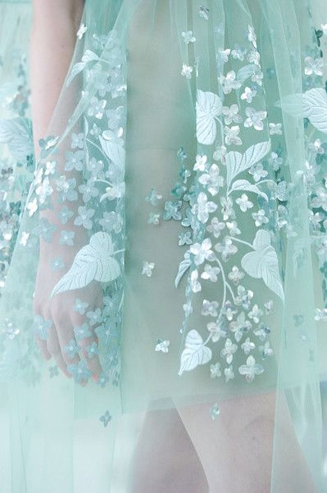 Beautiful Fashion Details…Delpozo