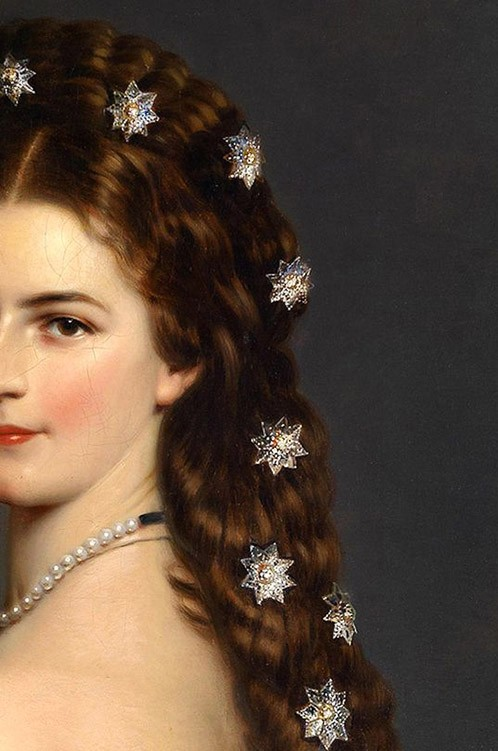 Elisabeth of Bavaria, Empress of Austria, detail
