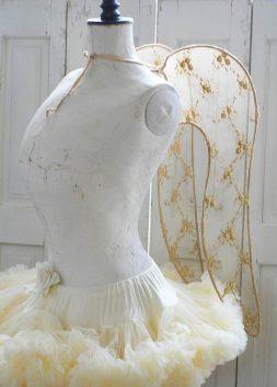 Angel Wings by Nina Hartmann